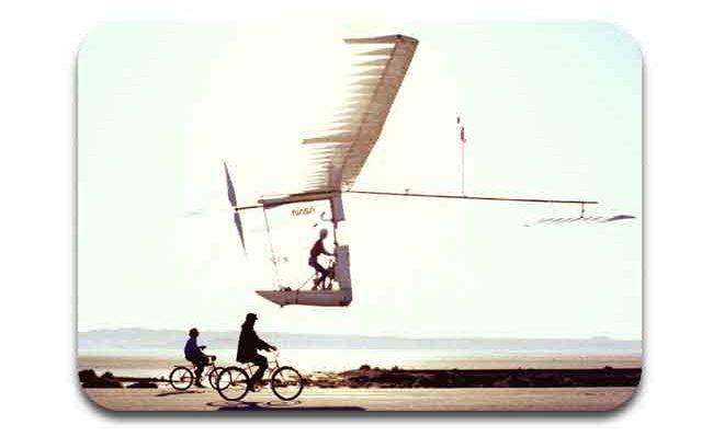 desain pesawat gossameralbatros
