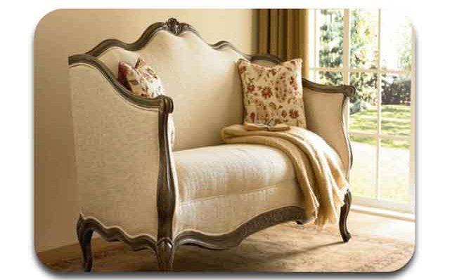 salah satu bentuk produk furniture victorian kontemporer